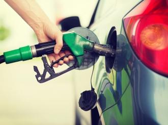 Slovenija zabranila točenje goriva vozačima koji nemaju covid-potvrdu