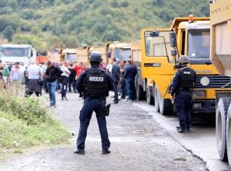 Mirna ali napeta noć na Kosovu, prelazi Brnjak i Jarinje i dalje blokirani