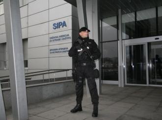 SIPA pretresa sjedište Granične policije u Sarajevu: Privode članove komisije za prijem kadeta