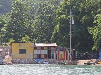 Oteto 17 američkih misionara na Haitiju