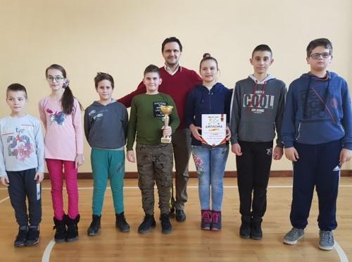 """OŠ """"Sveti Sava"""" Bijeljina - pobjednik gradskog takmičenja osnovnih škola u šahu"""