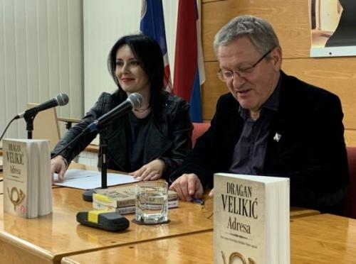 """Predstavljen roman """"Adresa"""" Dragana Velkića"""