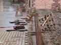 Prekopan prilaz stambenim zgradama, stanari protestuju