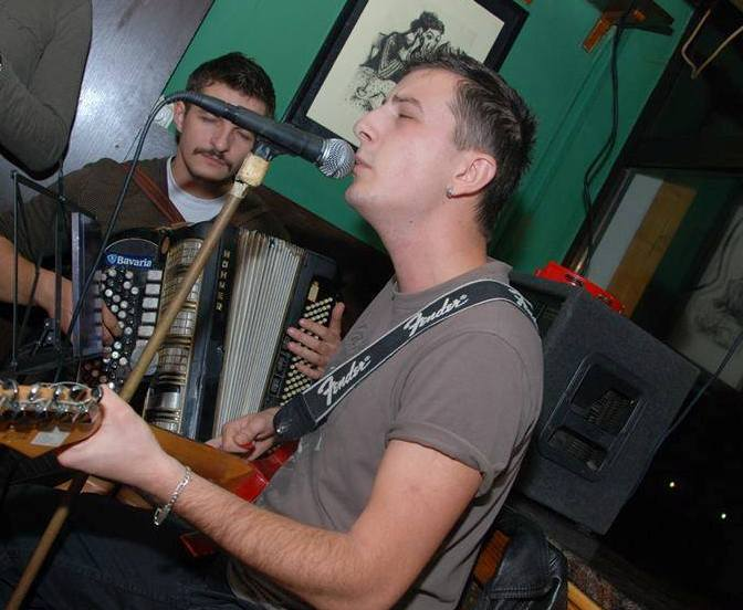 Bijeljina, Arka duo (acoustic) Kafe bar Smokvica