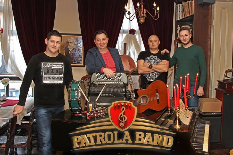 Bijeljina, Patrola Band i Meki Ikanović Kafanska vrata
