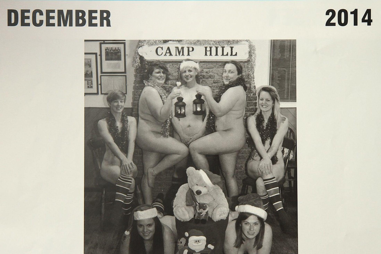 Театральные постановки с голыми актрисами 21 фотография