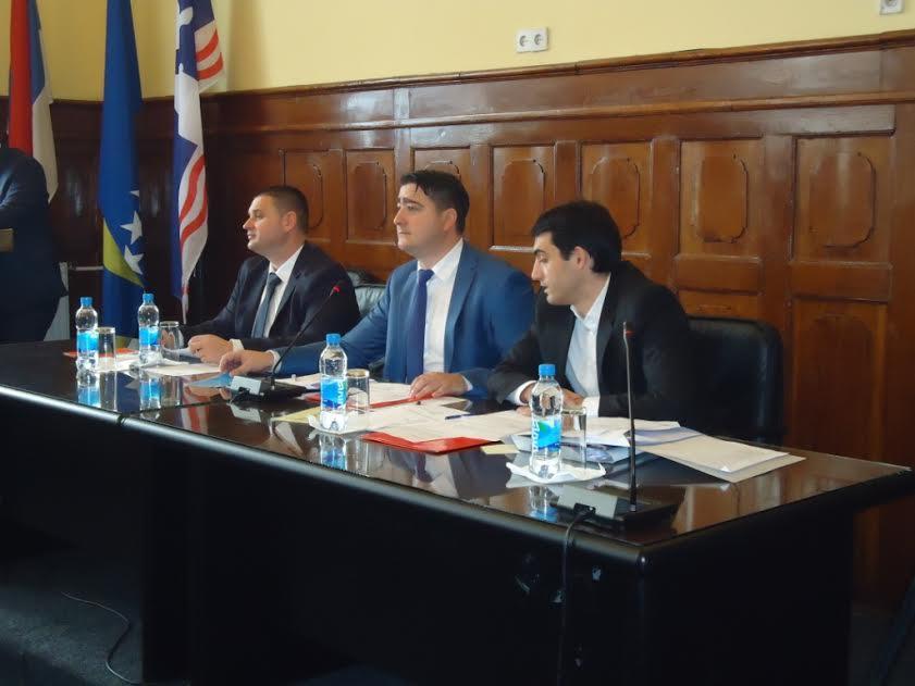 konstituisana-skupstina-grada-markovic-predsjednik-mitrovic-potpredsjednik-zivic-djeluje-samostalno