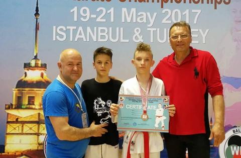 medalja-na-balkanskom-prvenstvu-za-nikolu-zelenovica-blagojevica