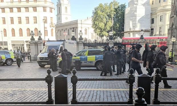London: Evakuisana željeznička stanica, muškarac prijetio bombom