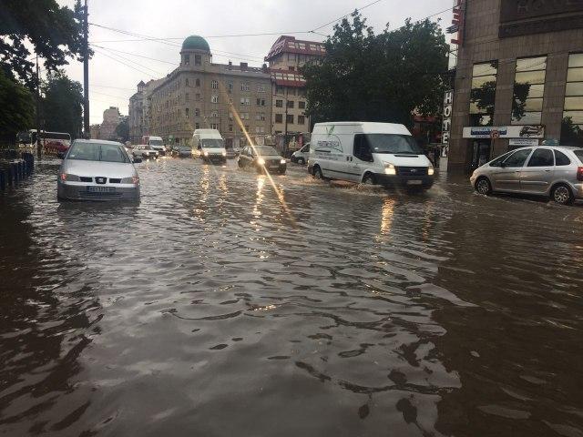 Prolom oblaka u glavnom gradu Srbije: Beograd pogodilo jako nevrijeme...