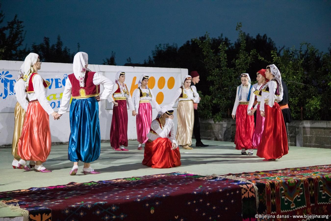 FOTO Ljetne večeri u Janji - praznik kulture i gastronomije