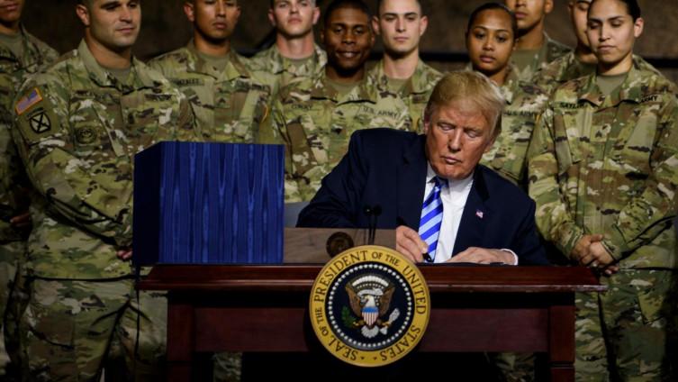 """Tramp jača vojsku: """"Imat ćemo najsmrtonosniju tehnologiju ikad razvijenu"""""""