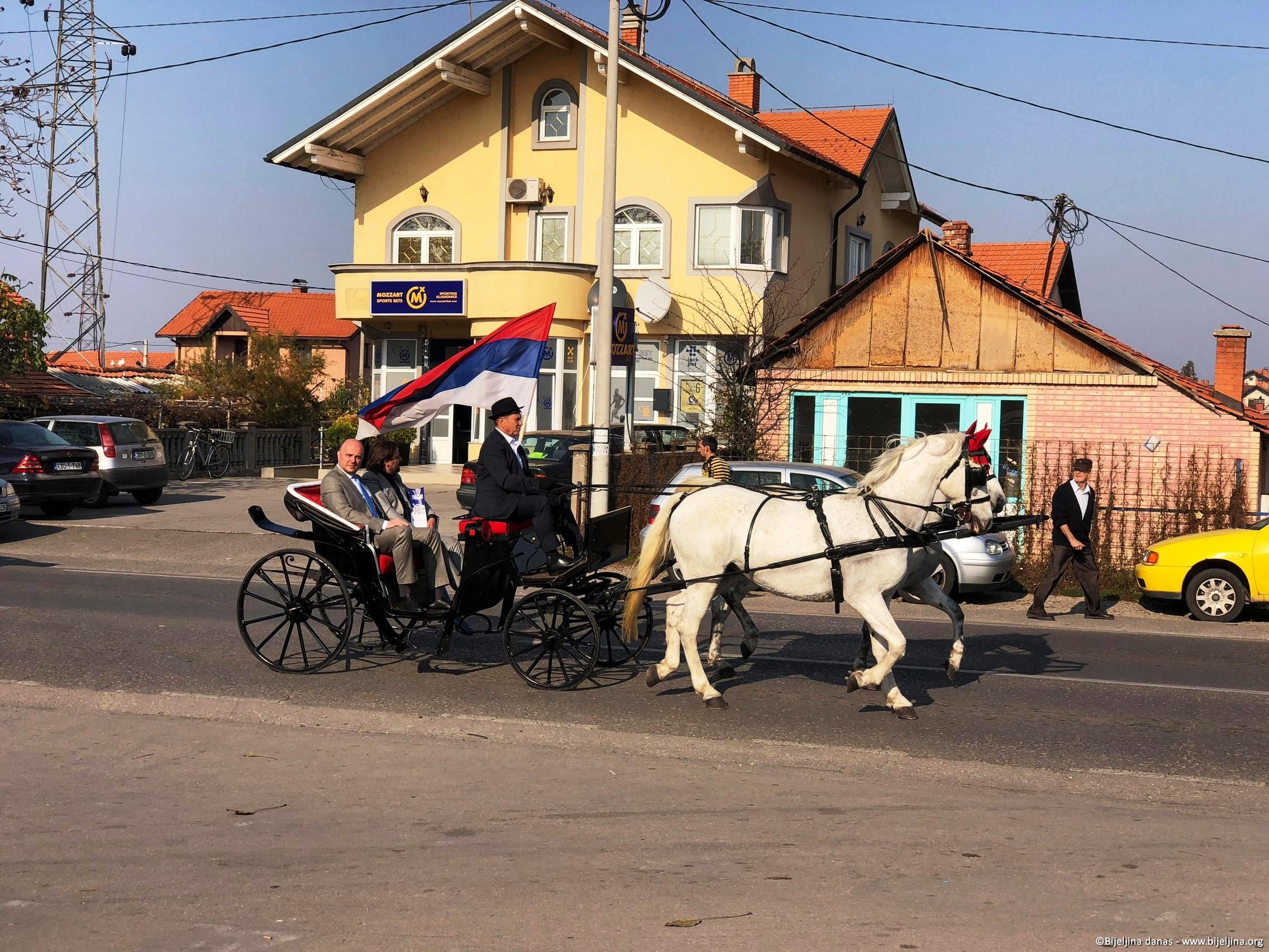 FOTO Otvoren Mitrovdanski vašar