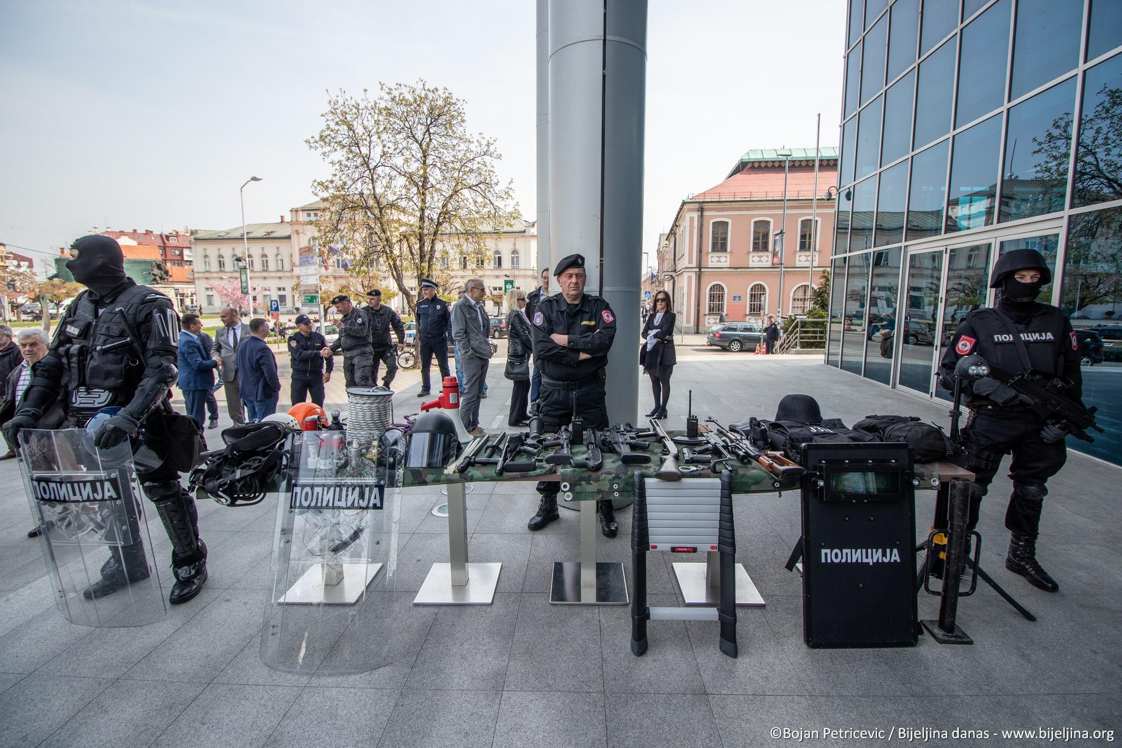 FOTO Dan policije: Ćosić ponosan na rad PU Bijeljina
