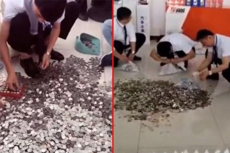 VIDEO Kineskinja kupila automobil, platila u kovanicama: Radnici tri dana brojali novčiće