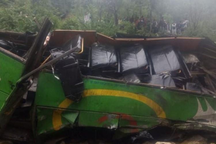 Broj poginulih u autobuskoj nesreći porastao na 30