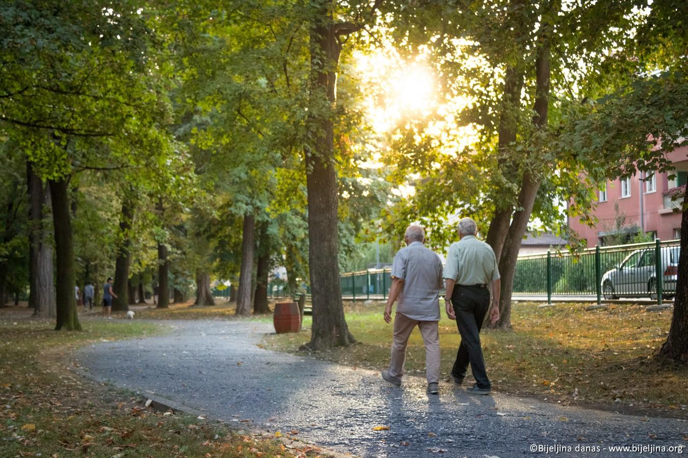 Ako ste melanholični, naučnici vam savetuju da sreću potražite u parku