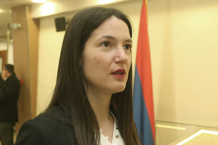 Borba protiv lažnih diploma: Trivićeva brzo reagovala na odgovor Rajčevića
