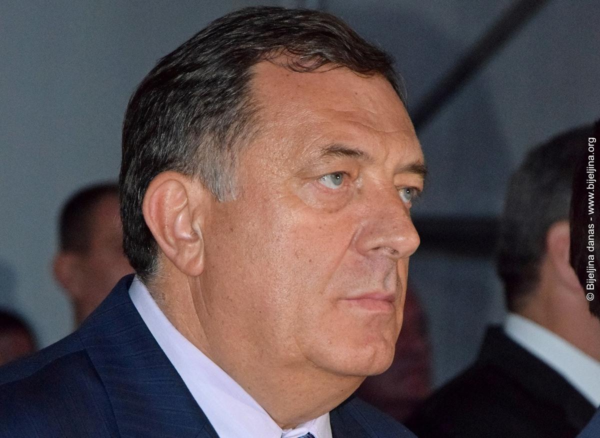 Dodik pokrenuo inicijativu o neprihvatanju nametnutog Inckovog zakona