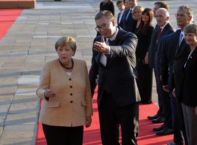 Merkel: Na sastanku sa Vučićem bilo riječi i o BiH
