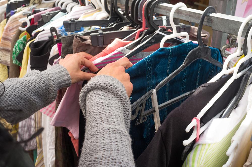 """Trgovci polovnom garderobom imaju pune ruke posla: """"Druga ruka"""" uvijek u trendu"""