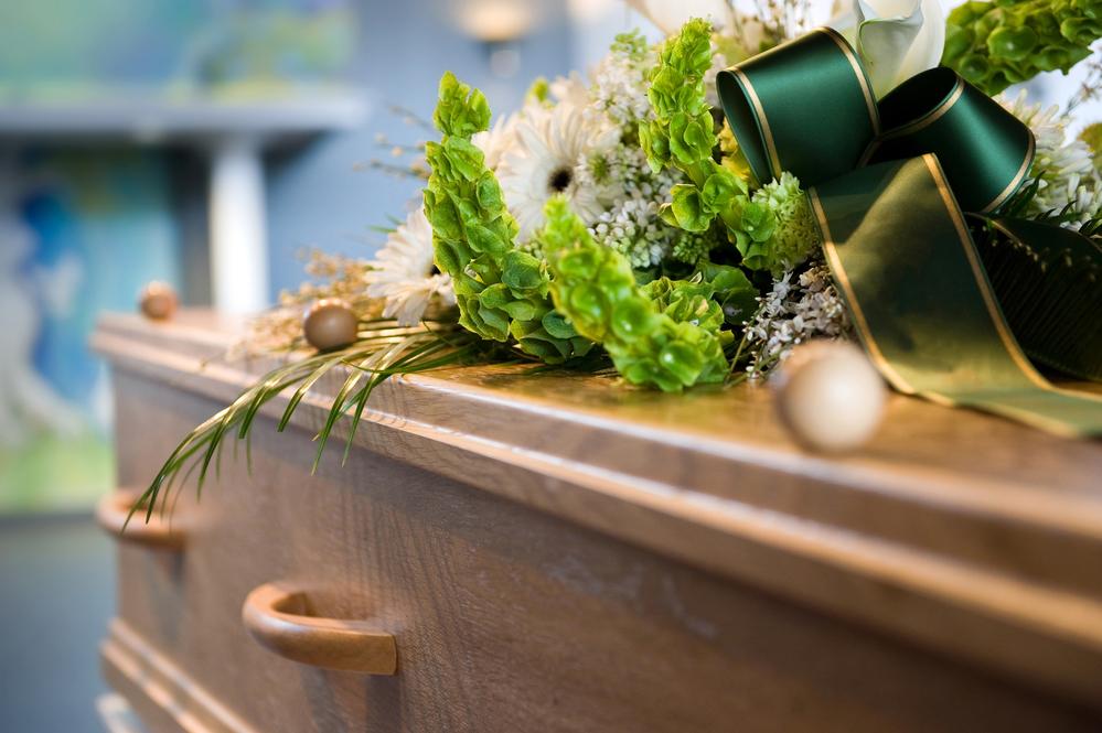 Svetozar krstom tukao policajce jer mu je žena oživjela