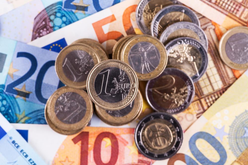 Ne smije biti veća od 1,54 KM: Vlada RS zakonom reguliše visinu bankarskih naknada