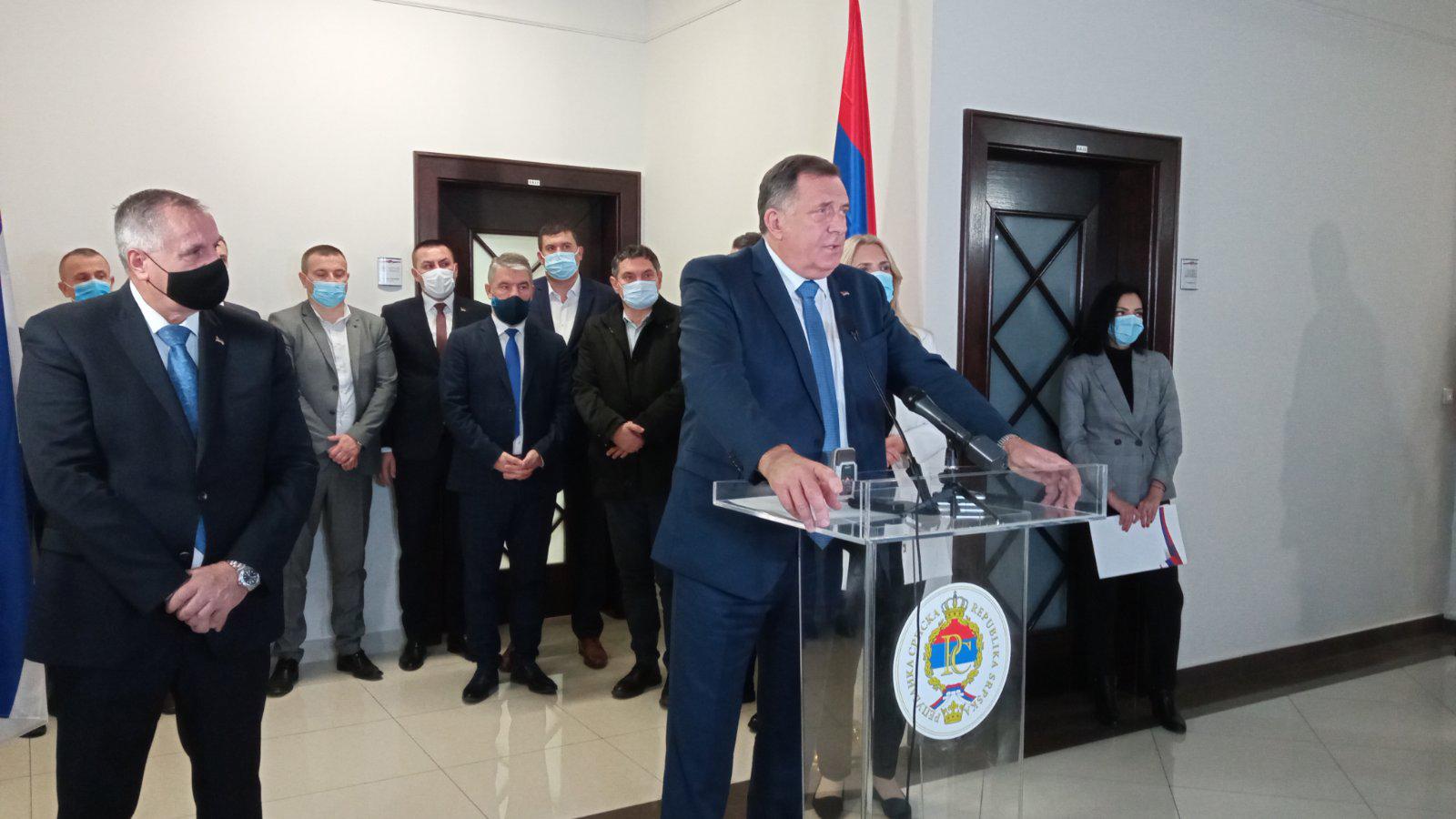 Dodik: Do kraja iduće sedmice Agencija za lijekove neće djelovati u Srpskoj
